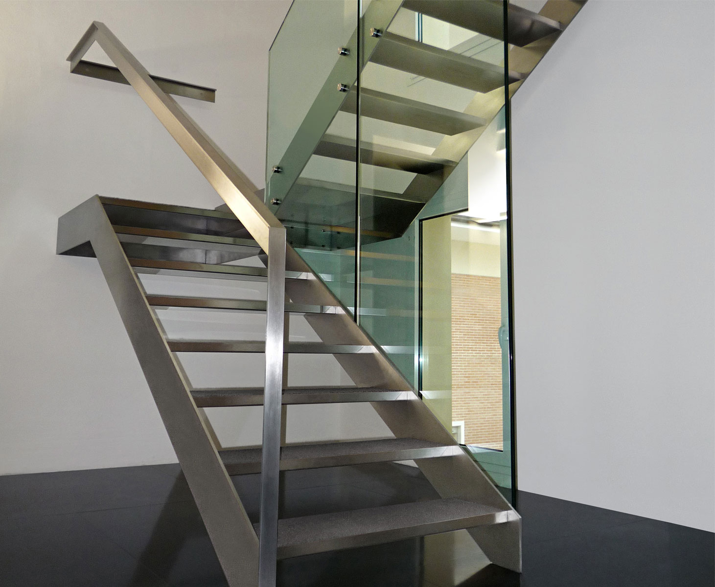 Scale in acciaio novastil - Corrimano in vetro per scale ...